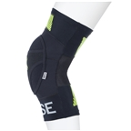 Fuse Protection Omega Knee Pad: Black/Neon Yellow Pair